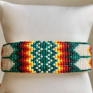 Native American Artist Beaded Bracelet GREEN Print